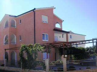 Nice 1 bedroom Rogoznica Condo with Television - Rogoznica vacation rentals
