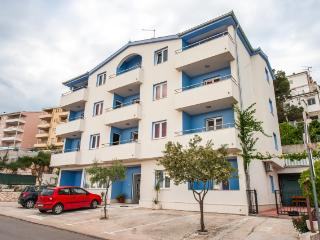 Romantic 1 bedroom Condo in Trogir - Trogir vacation rentals