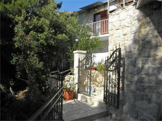 35538 A2(4+1) - Cove Zarace (Milna) - Cove Zarace (Milna) vacation rentals