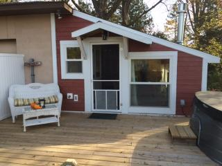 Comfortable Cabin with Internet Access and A/C - Winona vacation rentals