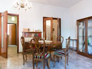 2 BR Nice apt for summer holidays close to beach, - Pescara vacation rentals