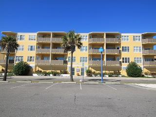 Sandpiper Condominiums - Unit 306 - Ocean Front Panoramic Views of Tybee Beach - FREE Wi-Fi - Tybee Island vacation rentals