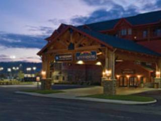 Wyndham Great Smokies Lodge 80Ksqft Indoor Waterpk - Sevierville vacation rentals