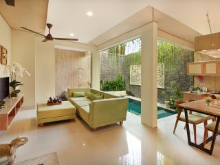Luxury Two Bedroom Villa with Private Pool & Hot Tub - Legian vacation rentals