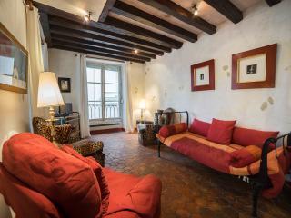 Notre Dame (Rue des Ursins) ID: 179 - Paris vacation rentals
