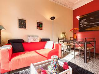 Beautiful PIVATE DOUBLE ROOM in  in the center. - Barcelona vacation rentals