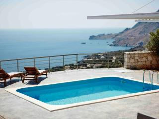 Unobstucted ocean view,luxurious pool,romantic - Plakias vacation rentals