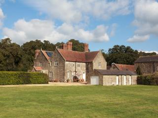 Barton Estate Farmhouse - Whippingham vacation rentals