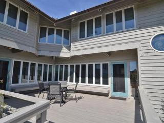 Nice House with Deck and Microwave - Pawleys Island vacation rentals