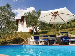 Villa La Coccinella with pool for 4 - 6 guests - Calzolaro vacation rentals