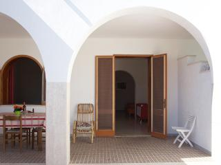 Lovely Cottage with A/C and Television - Torre Dell'Orso vacation rentals