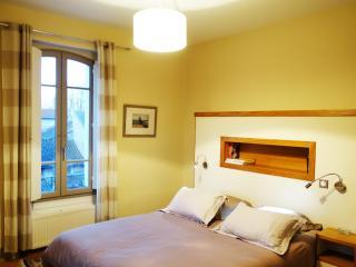 Chambre 1 de La maison du petit bassin à Auterive - Auterive vacation rentals