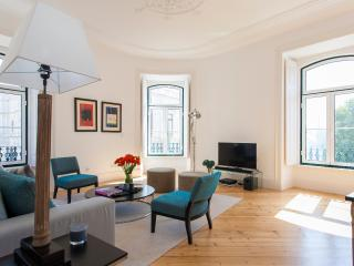 Excellence Stays Lapa Chic 2 Bedrooms - Ref 27 - Lisbon vacation rentals