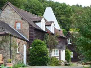 Old Hop Kiln Cottage, Cradley, Nr Malvern wr13 5jr - Cradley vacation rentals