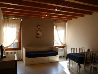 Family studio deluxe - Verona vacation rentals