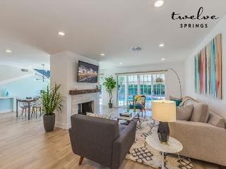 Maverick II, 4 bd/2ba w/ pool! - Anaheim vacation rentals