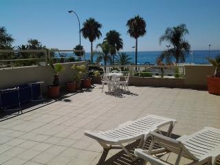 Inmoantelo apartamento Burriana Larios - Nerja vacation rentals