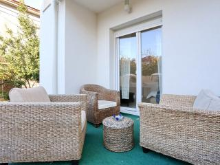 Deluxe Apartment Goya - near the Beach & Old Town! - Zadar vacation rentals