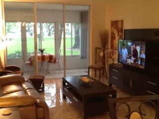 2 Bedroom Condo - Lauderdale Lakes vacation rentals