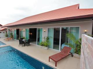 The Ville Pool Villa - 6Bedrooms (B57-58) - Pattaya vacation rentals