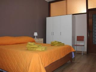 Romantic 1 bedroom Aidone House with Satellite Or Cable TV - Aidone vacation rentals