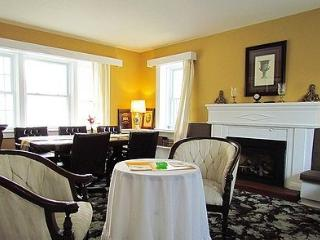 5 bedroom Bed and Breakfast with Television in Belleville - Belleville vacation rentals