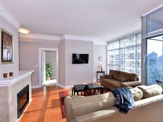 Spacious One Bedroom Condo in the Heart of Downtown Victoria - Victoria vacation rentals