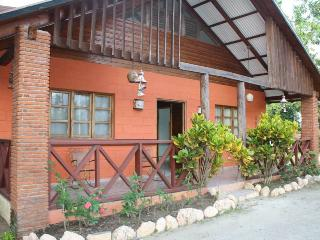 Perfect 3 bedroom Bungalow in Jarabacoa with Long Term Rentals Allowed (over 1 Month) - Jarabacoa vacation rentals