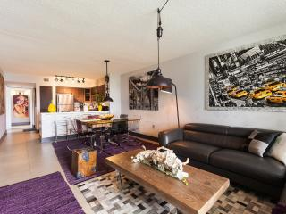 Luxury and Modern: A Great Apartment! - Image 1 - Coconut Grove - rentals