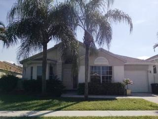 BEAUTIFUL 3 BEDROOM HOME IN LAKESIDE COMMUNITY - Boca Raton vacation rentals