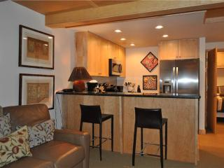 Cozy 1 bedroom Apartment in Teton Village - Teton Village vacation rentals