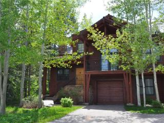 3 bedroom House with Deck in Teton Village - Teton Village vacation rentals