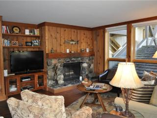 Comfortable 2 bedroom Teton Village Apartment with Deck - Teton Village vacation rentals