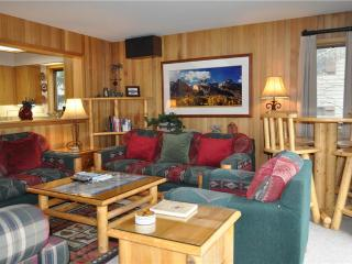 Spacious 4 bedroom Vacation Rental in Teton Village - Teton Village vacation rentals