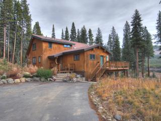 Gorgeous House with Deck and Grill - Blue River vacation rentals