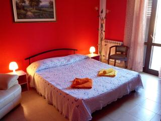 Pleasent room in Siracusa - Syracuse vacation rentals