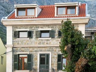 Nice Condo with Satellite Or Cable TV and Television - Baska Voda vacation rentals