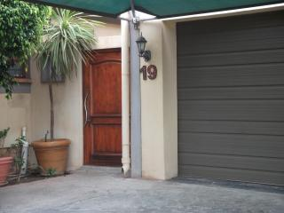 Beautiful 3 bedroom Vredenburg House with Satellite Or Cable TV - Vredenburg vacation rentals