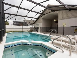 Emma Castle Villa in Kissimmee includes a Pool, Grill, Jacuzzi - Kissimmee vacation rentals