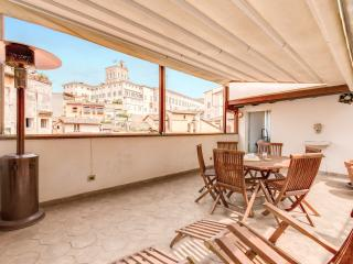 Beautiful Attic Fontana di Trevi - Rome vacation rentals