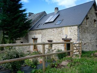 Ecogîte La Charrette Bleue dans le bocage normand - Aunay-sur-Odon vacation rentals