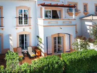 Beautiful 2 bedroom townhouse located near Sagres - Salema vacation rentals