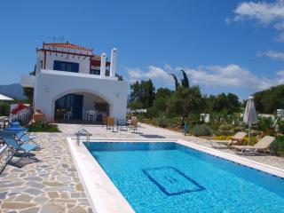 Villa big private pool & amazing seaview .2bedrooms,BBQ,surrounded by nature - Vouves vacation rentals