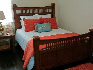 Minutes from downtown, clean, cozy and all yours - Nashville vacation rentals