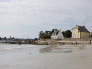 Maison neuve de standing à 50 mètres de la plage - Ile-Tudy vacation rentals