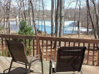 Lakefront Luxury 4 bd home - East Stroudsburg vacation rentals