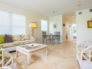 SUNNY- MIAMI BEACH ESCAPE - Miami Beach vacation rentals