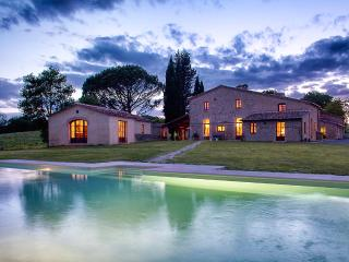 Spacious 6 bedroom Villa in Buonconvento with Internet Access - Buonconvento vacation rentals