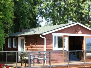 Waterfront Cottage - Romantic Get-Away - Private - Langley vacation rentals