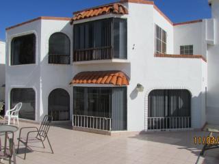 THE BRADY BUNCH 4 BED 3 1/2 BATH OCEAN & BAY FRONT - Ensenada vacation rentals